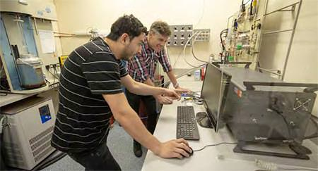 PhD student Omid Taheri working on MOFs with Professor Shane Telfer