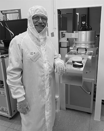 Professor Maan Alkaisi in the lab in France