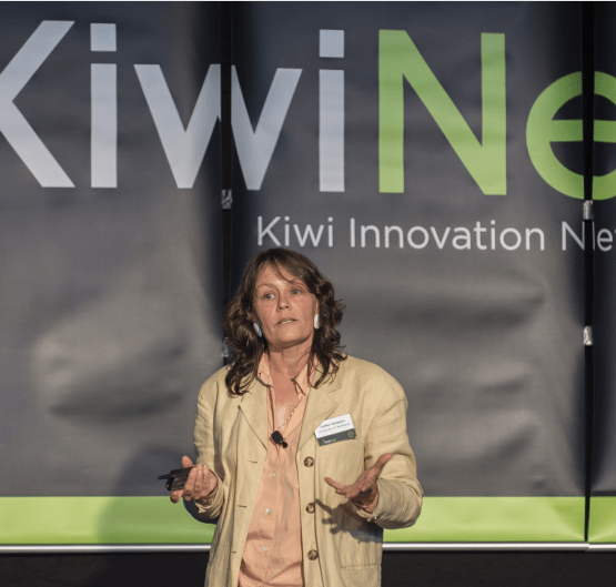 MacDiarmid scientists win at KiwiNet Research Commercialisation Awards
